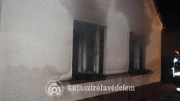Tűzoltás és életmentés a szombati nap mérlegén