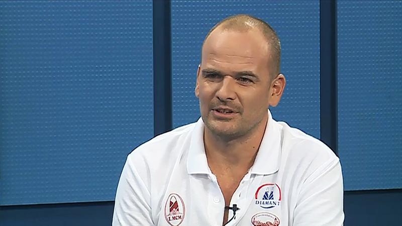 Virth Balázs a Kapos Televízió stúdiójában.