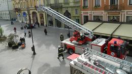 Ezért volt tele tűzoltókkal a Csokonai Fogadó