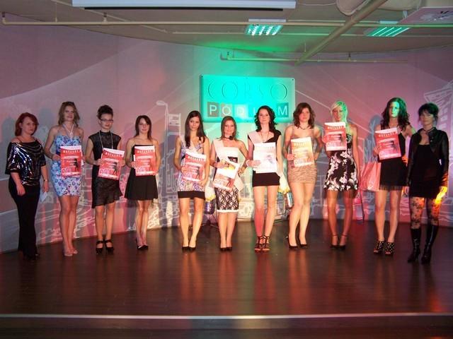 A Corso lányok szépségverseny döntőjén készült galériáért katt a képre!