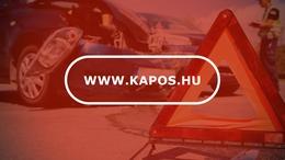 Villanyoszlopnak ütközött egy autó Kaposváron
