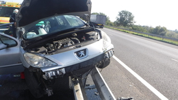 Tűz és baleset az autópályán