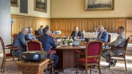 Először ült össze a stratégiai kabinet
