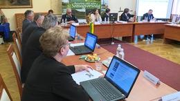 Rendkívüli támogatásról is döntött a megyei közgyűlés