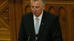 Schmitt Pál a köztársasági elnök!