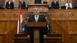 Beiktatták Orbán Viktort
