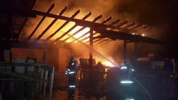 Lángok csaptak fel egy fűrészüzemnél