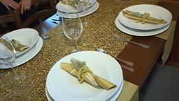 Segítünk megteríteni az ünnepi asztalt