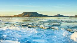 Nem látta még a jeges Balatont?