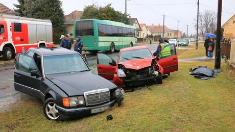 Közúti tragédia Berzencén