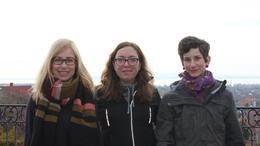 Ez a három fiatal lány körbegyalogolta a Balatont