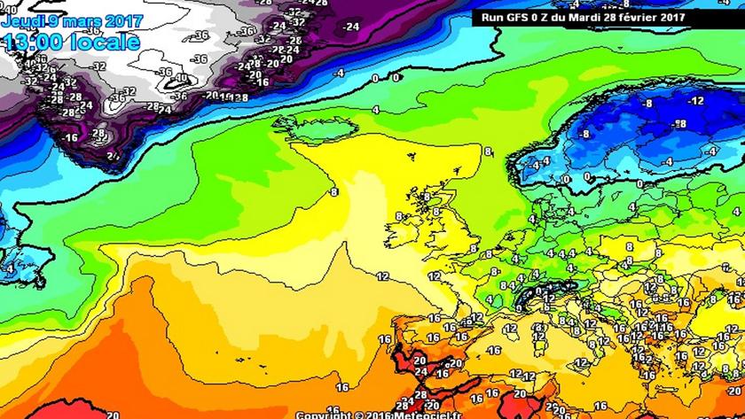 Az idő előrehaladtával egyre nagyobb hőmérsékleti kontraszt alakul ki Európa felett.