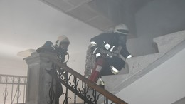Iskolában gyakorlatoztak a tűzoltók