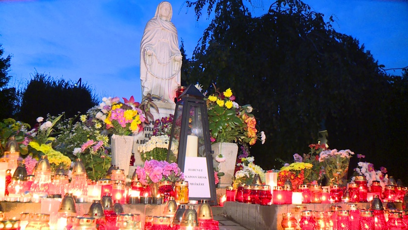 Megemlékezett halottairól Kaposvár