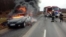 Kiégett egy személyautó Somogyaszalónál