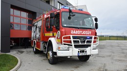 Megáldották az új tűzoltótautót
