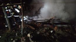 Kiégett egy melléképület szenteste