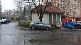 Szürke BMW-st keres a rendőrség