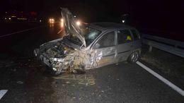 Megfordult a sztrádán, úgy hajtott és okozott balesetet egy öreg sofőr