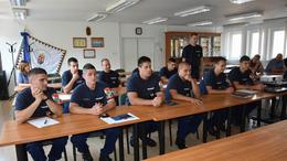 Új tűzoltók álltak szolgálatba