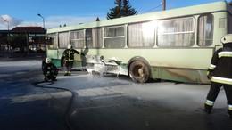 Kigyulladt egy autóbusz Marcaliban