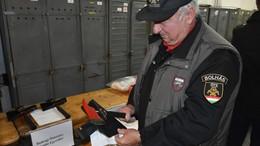 57 millió forint értékű felszerelést kaptak a somogyi tűzoltók