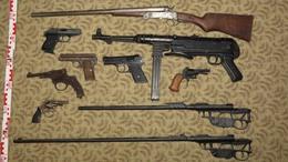 Valóságos fegyverarzenál volt egy nagyatádi férfi otthonában