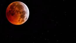Ilyen volt a reggeli teljes holdfogyatkozás!