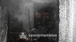Tűz ütött ki egy Balatonboglári házban