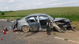 Fának hajtott egy autó Bárdudvarnoknál