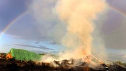 Szalmabálák lángoltak Berzencén