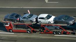 Dübörög az autópiac