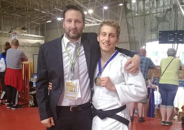 Boros Bence és az egyik edzője, Kéki Márton.
