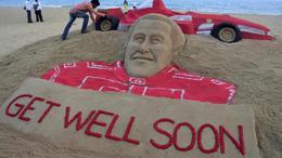 Schumachernek készített parádés alkotást a homokművész