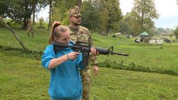 Lövészet, akadálypálya, kézigránát-hajítás