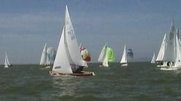 Vitorlás világversenyek Balatonföldváron – hazai vizeken a Majthényi, Domokos páros