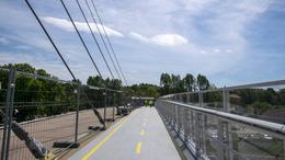 Megnyitották az Esterházy híd egyik oldalát a gyalogosok előtt