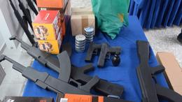 Új fegyverek a kaposvári kadétoknak