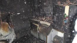 Teljesen kiégett egy ház Táskán