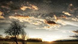 Kitisztul a levegő, fokozatosan felszakadozik a felhőzet