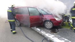 Kigyulladt egy autó Kaposváron