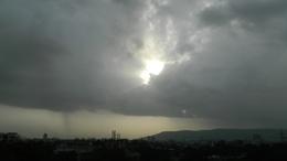 Ciklon okoz borongós időt