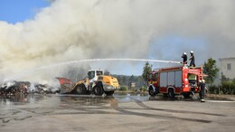 Ötszáz tonna hulladék lángolt