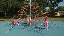 Gyermekzsivaj a Cseri parkban