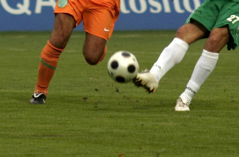 foci_lábak labdával